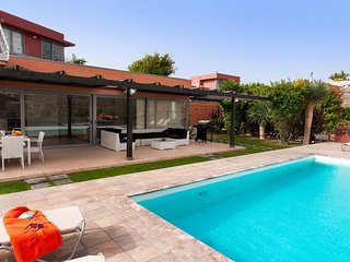 3 bedroom Villa in El Salobre, Canary Islands, Spain : ref 5334561