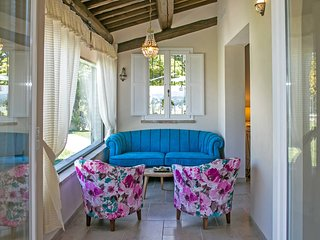 CASA EMANUELA - Private Villa with Pool, wi-fi, air conditioning, pet-friendly