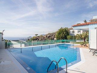 Villa Neves - New!