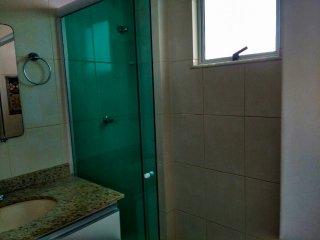 Banheiro da suíte família.