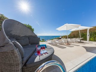 Sunrise Beach Villa- Coral Bay- Sea-Front Villa with Private Pool