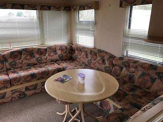 6 berth caravan for holiday let