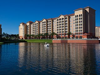 Orlando Resort Villa nestled between Disney, Universal & Family Attractions