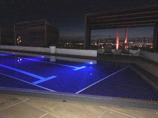 Docklands Delight 1Br 1Ba Pool Gym Balcony Fantastic Views