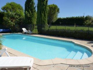 JDV Holidays - Gite St Sabine 2, Cavaillon, Provence