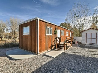 NEW! Cozy 1BR Marysvale Cabin with Outdoor Porch!