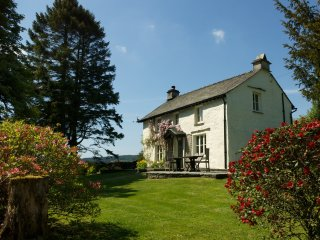 LLH44 Cottage in Hawkshead Vil