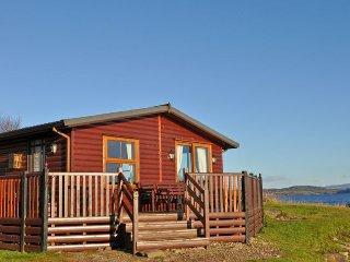 A466E Log Cabin in Lochgilphea