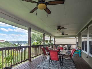 NEW! 3BR Point Venture Home w/Views of Lake Travis