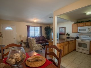 Sunny Condo w/ WiFi, Parking, 2 Resort Pools & Rec Area