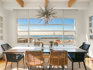 Great Hideaway near Manhattan Beach near the Pacific Ocean and Pier