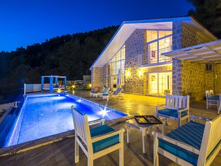 Secluded Uniquely Designed 2 Bedroom Villa Hira-1 with Great Sea Views KAV424-1