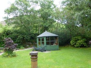 HAYLOFT, Large garden, Mosedale, Ref 972590