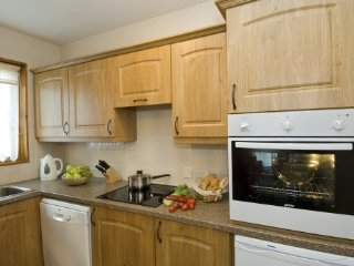 WATERHEAD APARTMENT C,Swimming pool, WiFi, parking,in Ambleside,Ref 972435