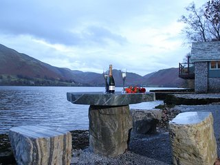 ULLSWATER BOATHOUSE, romantic, luxurious, lake view, Ref: 972514