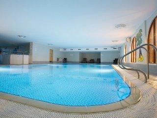 Whitbarrow Holiday Village (24) ground floor bedrooms, leisure facilities, Ref 9
