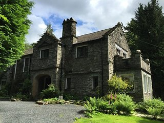 DAWESWOOD, Open fire, garden,WiFi, in Patterdale, Ref 972493