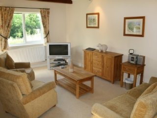 WHITBARROW HOLIDAY VILLAGE(26),charming,modern,on-site facilities,near Pooley Br