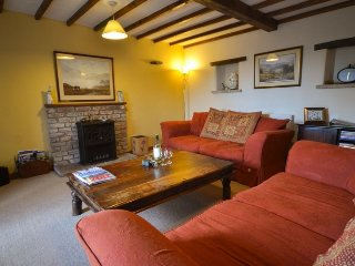 DAISY COTTAGE,barn conversion, spacious, WiFi, in Greystoke, ref:972270