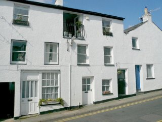 THE OLD MILL, first floor apartment, WiFi, in the heart of Keswick town