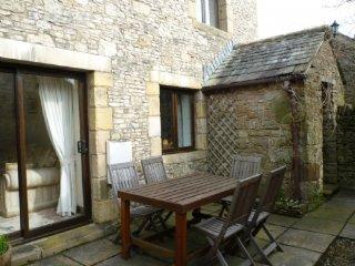 SPRINGARTH COTTAGE, spacious cottage, garden, wifi. Ref: 972245