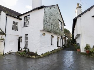 ALICE'S COTTAGE, exposed wooden beams, centre of Hawkshead, 17th century cottage