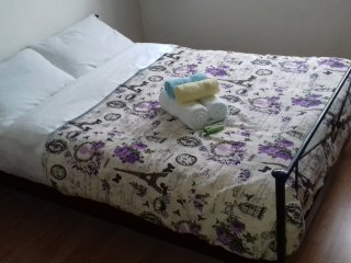 Bedroom (2 People+Parking+Wi-Fi Turbo 40mbps+Air Condition.)