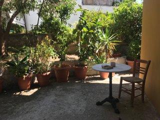 Charmante Gartenwohnung mitten in der Stadt