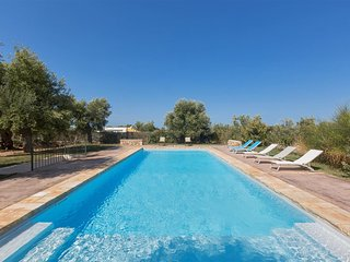 575Typical House with Pool in Ostuni