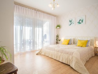 Pula apartment by the sea 8+4