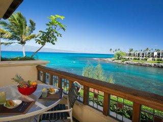 Aloha Honu Hale: Stunning 4 Bedroom Oceanfront Home