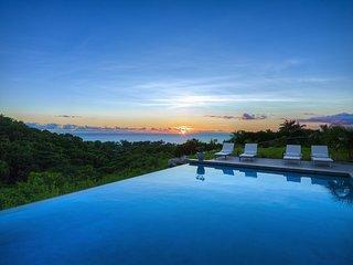 Design 4 bedroom villa with stunning views.