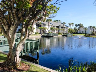 Ocean Village BK BeachTree 6211 - Pond View