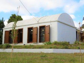 Casa Barco de Claromeco, 7 pax, 100mts Puente Peatonal y Arroyo ideal kayaks