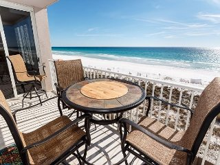 IP 415: AMAZING Beach front, 3bed/3bath condo