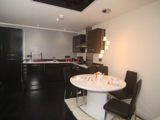 Brightmoor Serviced Apartments - Apartment 4