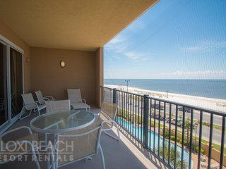 Gulf Views Condo w/ WiFi, Spa Services, Indoor & Outdoor Pool Access