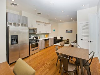 4BR/2BATH APARTMENT AT COBBLE HILL
