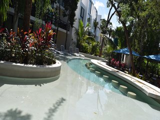 anah suites c 215 , 2 br luxury condo ,all inclusive option