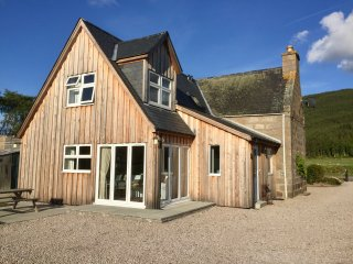 Aberdeen Cottage, Ballater