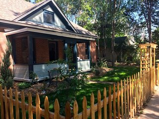 Historical Bungalow near CSU and Old Town