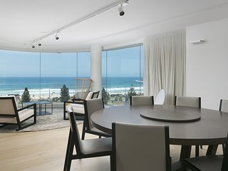 THE BONDI BEACH PAD