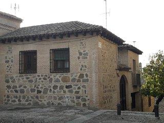 CASA DE BISAGRA. Casa 2: Casco historico. Facil acceso y aparcamiento.