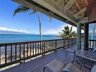 Papaua Paradise: Napili West Maui 5 Bedroom Ocean Front!! Amazing Views!