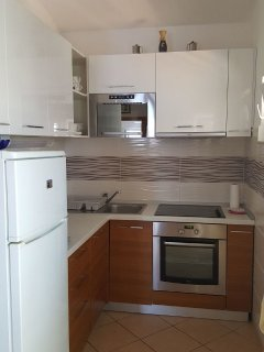 A4(4+1): kitchen