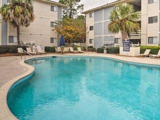 Hilton Head Condo in 23-Acre Resort-Walk to Beach!