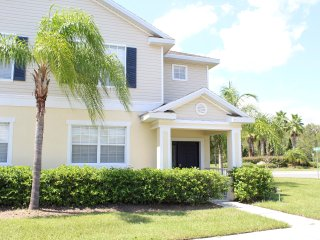 4971 Large Townhome with Great Resort Amenities