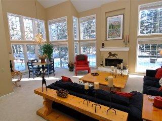 Lane Ranch Family Home: Dogwood Lane 4