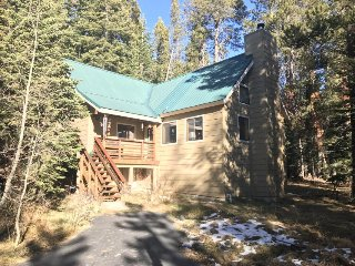 Spacious, cabin-style home w/ deck, near restaurants, slopes, & lake - dogs ok!
