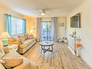 NEW! 2BR Myrtle Beach Condo 1.5 Blocks from Beach!